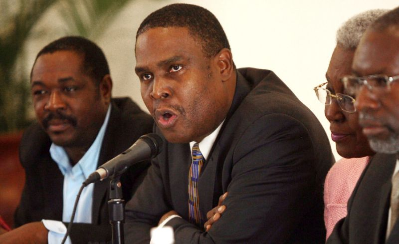 Jean-Henry Céant condamne une vidéo qui demande d'attaquer le Parlement. Photo: Yahoo