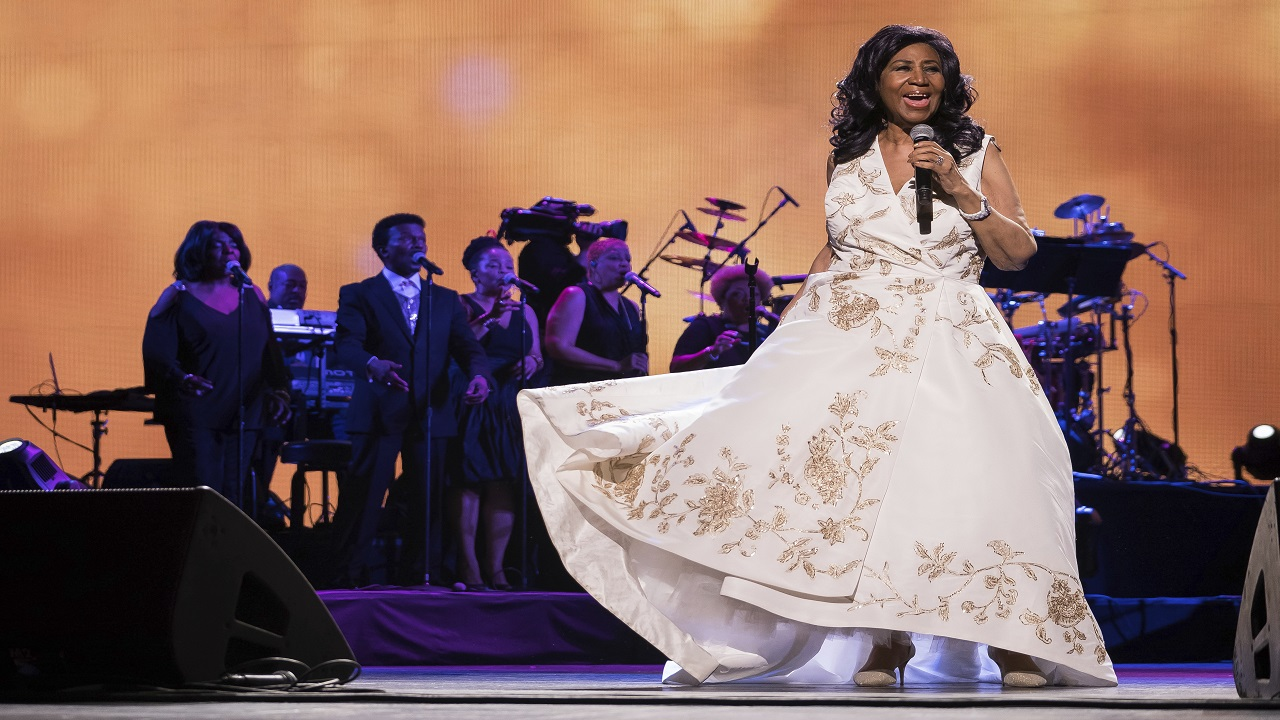 "Aretha Franklin performs at the world premiere of ""Clive Davis: The Soundtrack of Our Lives"" at Radio City Music Hall, during the 2017 Tribeca Film Festival, in New York. (PHOTO: AP)"