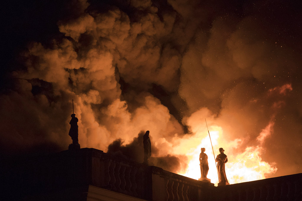 Flames engulf the 200-year-old National Museum of Brazil, in Rio de Janeiro, Sunday, Sept. 2, 2018. According to its website, the museum has thousands of items related to the history of Brazil and other countries. The museum is part of the Federal University of Rio de Janeiro (AP Photo/Leo Correa)