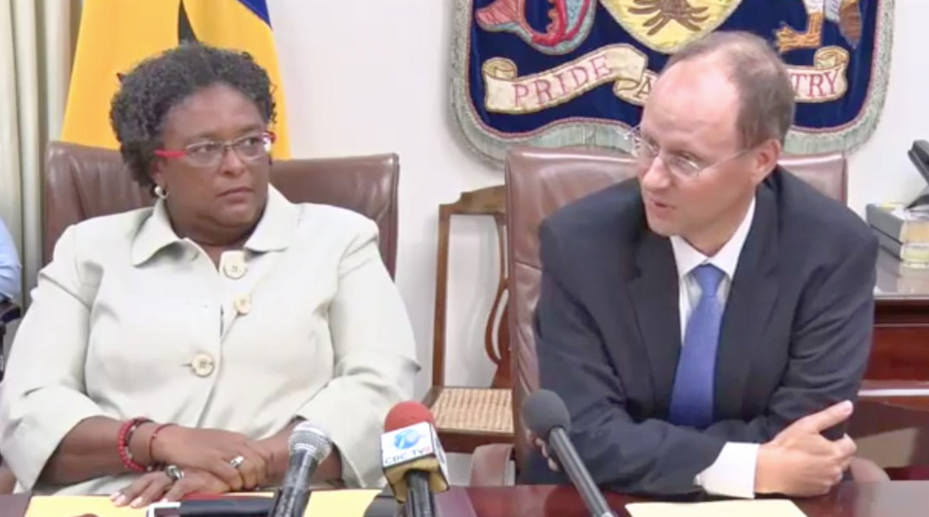 Prime Minister Mia Mottley and IMF Head of Mission to Barbados, Dr. Bert van Selm.