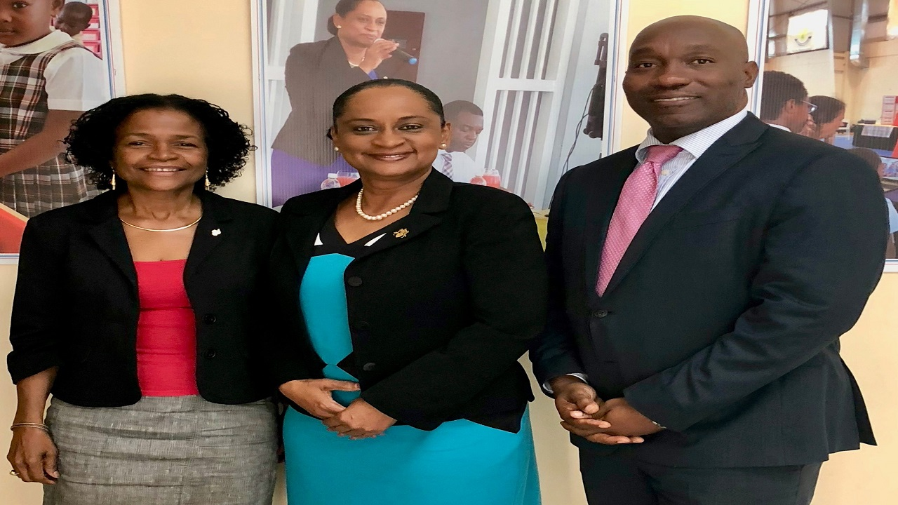 Minister of Education in the TCI, Mrs Karen Malcolm (centre) and Permanent Secretary, Mr Wesley Clerveaux with The UWI Open Campus British Overseas Territories Manager, Dr Phyllis Fleming-Banks during a recent visit.
