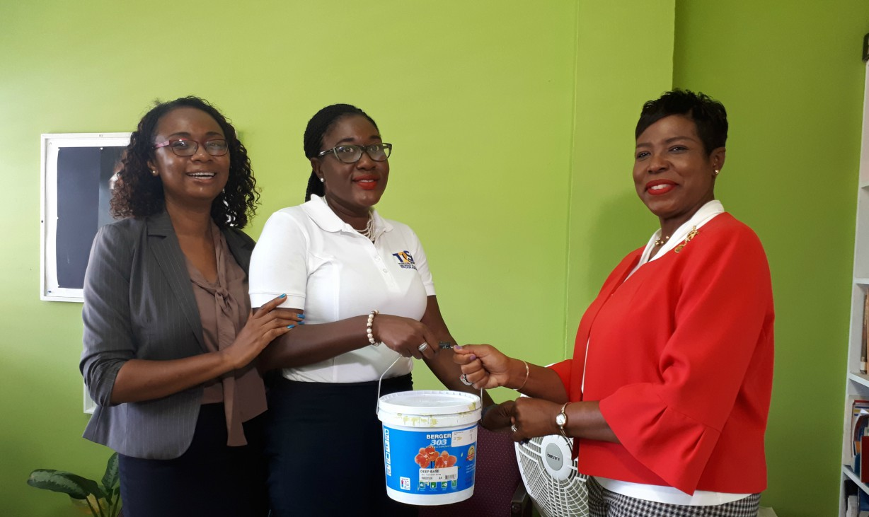(left) Guidance Counselor, Hariet Browne, Coordinator of the T2S Program, Cecilia Neblett-Murray and Principal of the Springer Memorial School, Mitchelle Maxwell.
