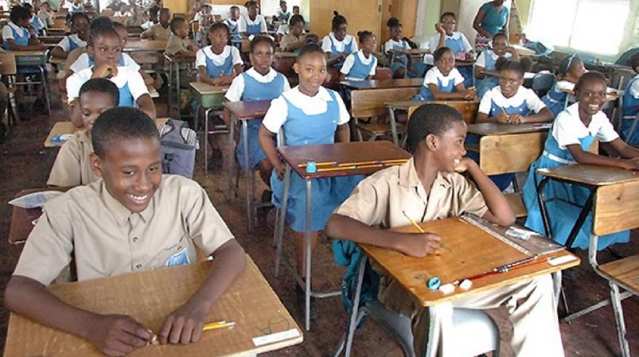 Loop file photo of students ahead of a sitting of the Grade Six Achievement Test (GSAT), which is to be replaced by Primary Exit Profile (PEP).