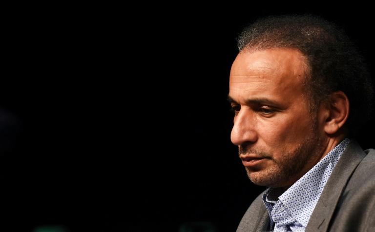 L'intellectuel musulman Tariq Ramadan le 26 mars 2016 lors d'une conférence à Bordeaux