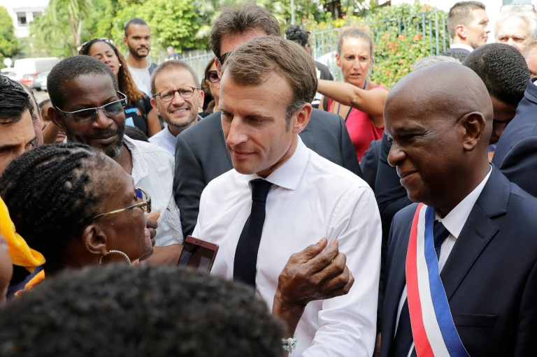 Martinique et Guadeloupe en vigilance orange cyclonique, au moment où arrive Macron