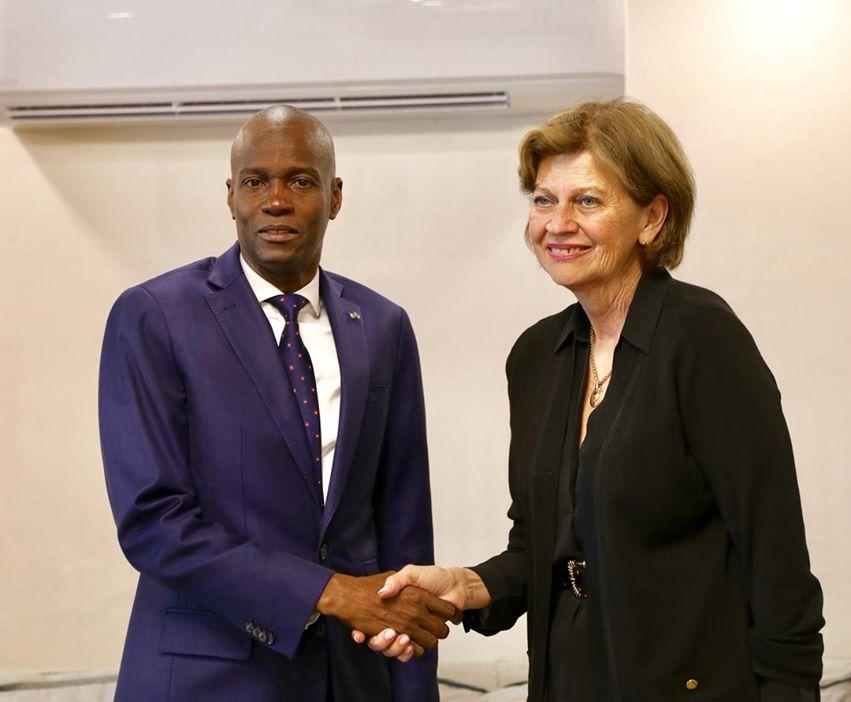 Photo : Le Président Jovenel Moise et la Représentante spéciale du S.G de l'ONU Helen Meager La Lime