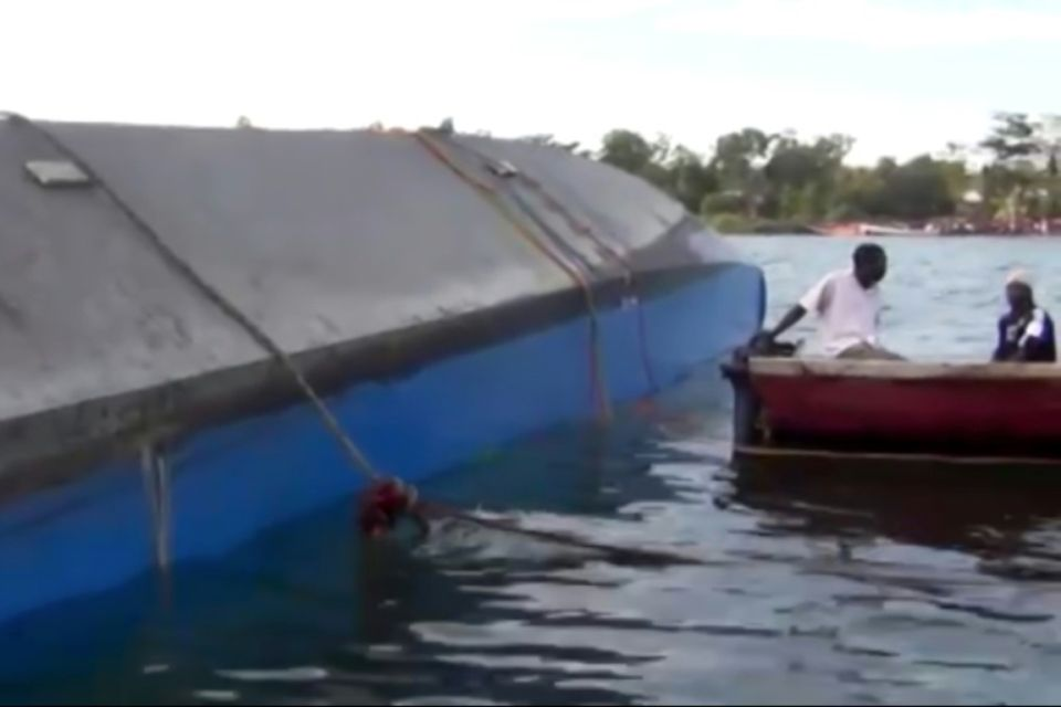 Au moins 131 personnes ont péri dans le naufrage d'un ferry dans le sud du lac Victoria en Tanzanie Photo -. AFP