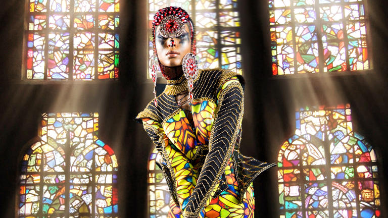 The section debuted is Spero (latin for Hope). This particular wardrobe piece is