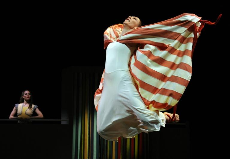 Les danseurs de la Martha Graham Company interprètent une scène de «Every Soul is a Circus», un ballet comique lors d'une répétition générale, le 13 mars 2012 au Joyce Theatre, à New-York.