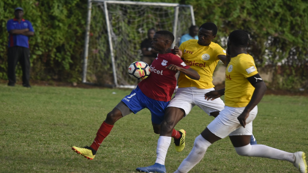 Action from the Group C top-of-the-table ISSA/Digicel Manning Cup football match between Camperdown High and Charlie Smith High at the Alpha Boys' Institute on Saturday, September 22, 2018. The game ended in a 0-0 scoreline. (PHOTOS: Marlon Reid).