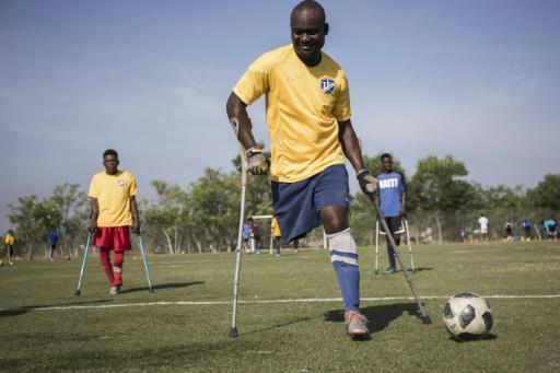 Une session d'entraînement de la sélection haïtienne de football amputé, le 14 septembre 2018 à Croix-des-Bouquets en Haïti