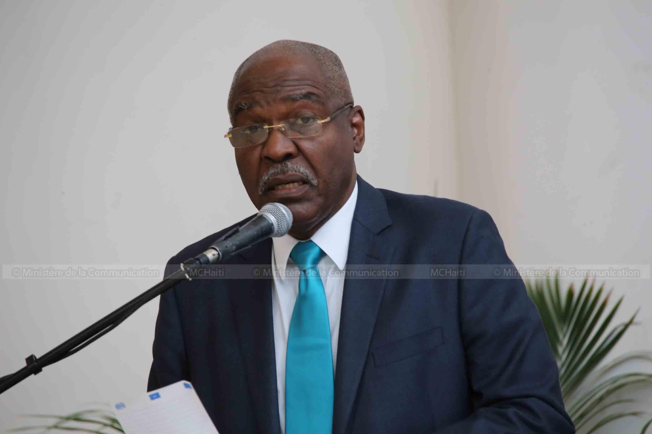 Le Dircteur Général de l'Unité de Lutte contre la Corruption, David Basile, lors de l'atelier de travail sur la corruption organisé par la commission Justice et sécurité de la Chambre des députés.