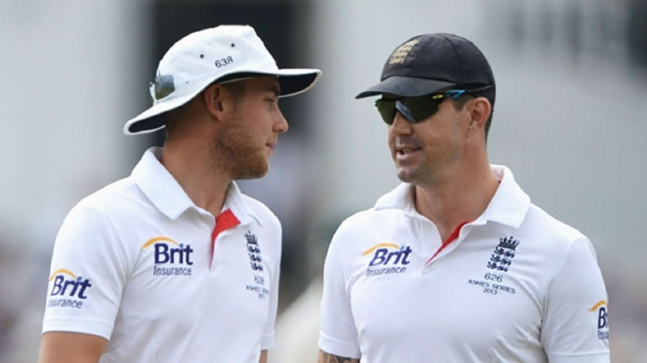 Stuart Broad and Kevin Pietersen playing for England in 2013.
