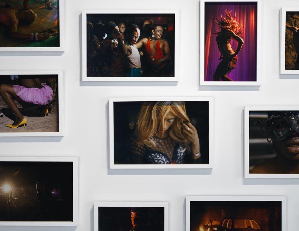 Noctambules, série de photographies de Josué Azor au Pioneer Works de New-York jusqu'au 11 novembre