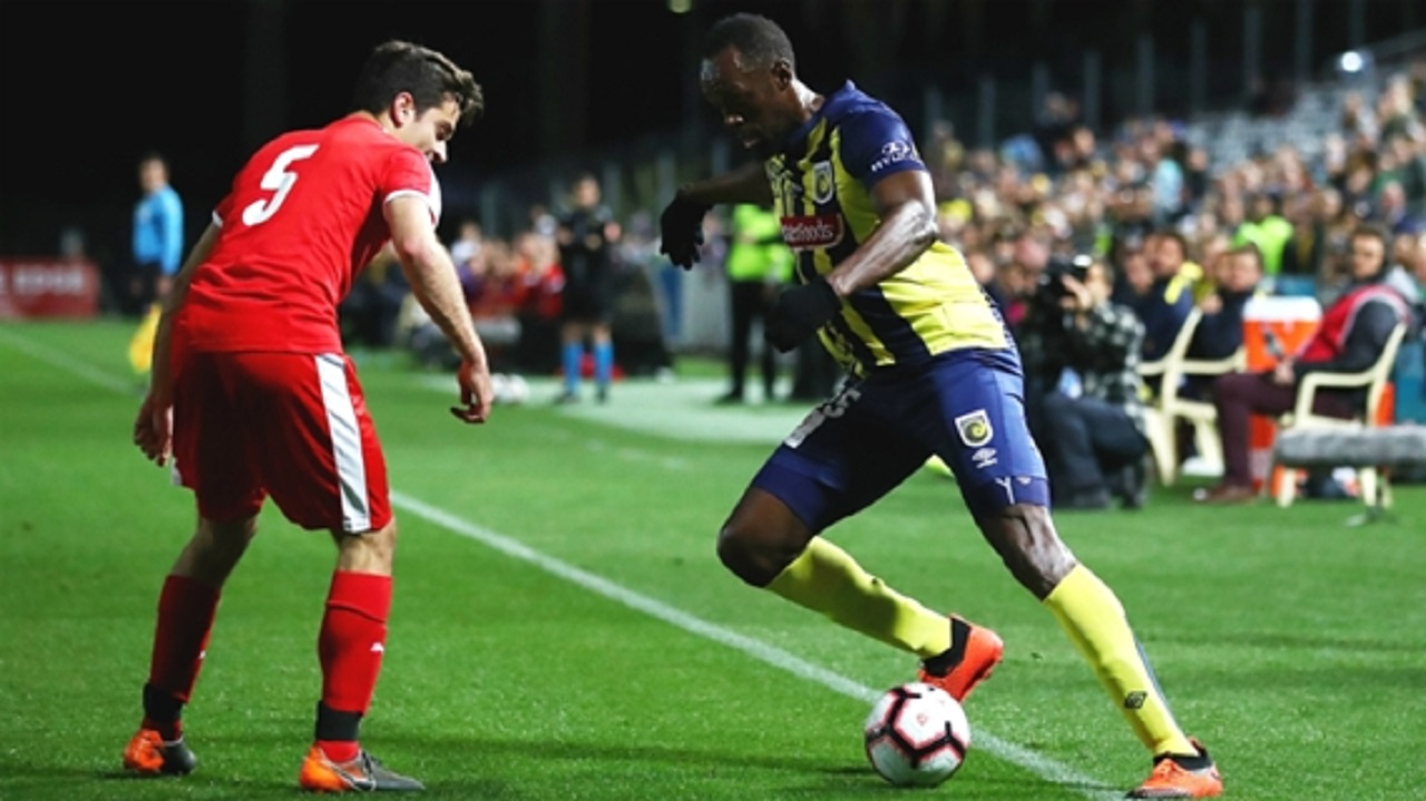 Athletics champion Usain Bolt during his debut for Central Coast Mariners.