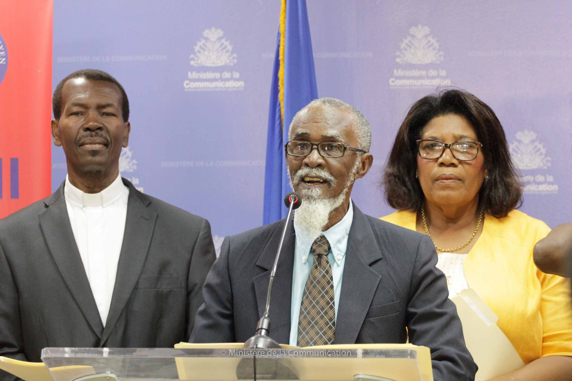 Pauris Jean-Baptiste, président de l'AKA, ainsi que d'autres membres de l'académie, à la 57e conférence des Lundis de la presse organisée ce lundi 1er octobre par le ministère de la Communication./Phot: Ministère de la Communication