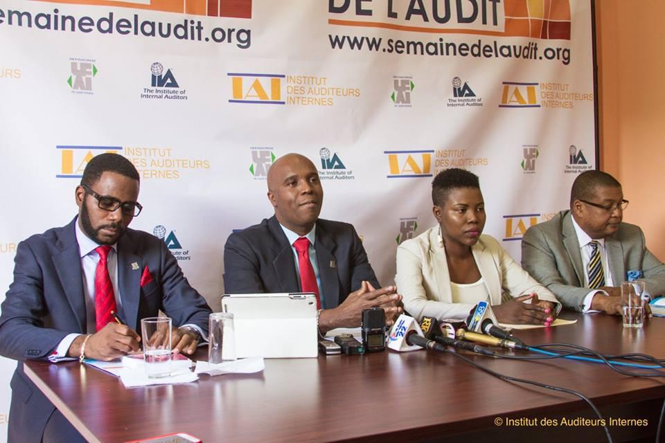 Conférence de presse organisée par l'institut des auditeurs internes d'Haïti à l'issue de la cinquième édition de la semaine de l'audit le 26 septembre 2016 à Bourdon. – Crédit Photo: Page Facebook de l'institut des auditeurs internes d'Haïti.
