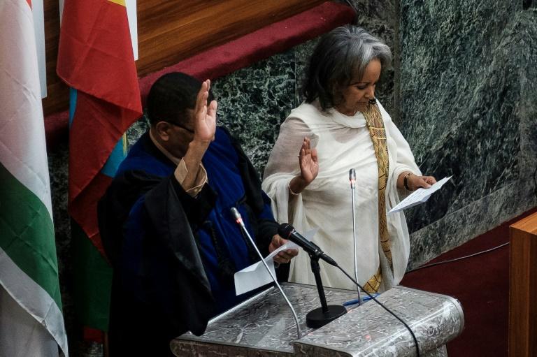 La nouvelle présidente de l'Ethiopie Sahle-Work Zewde lors de son discours d'investiture devant le Parlement, le 25 octobre 2018 à Addis Abeba