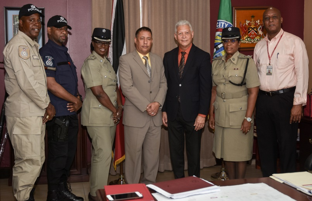 Police Commissioner Gary Griffith (fourth from right); POS Mayor Joel Martinez (third from right); Acting ACP North West, Joanne Archie (second from right); POS Snr Supt Floris Hodge-Griffith (third from left)