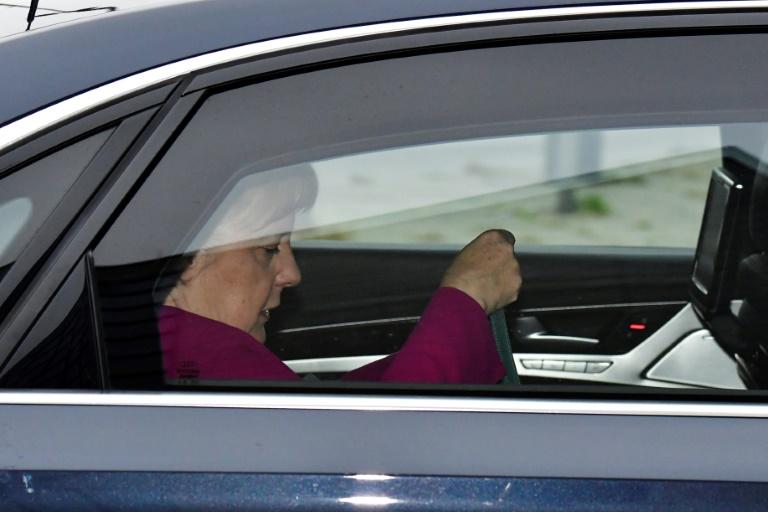 Angela Merkel en chemin pour une rencontre avec le leadership de son parti chrétien-démocrate, à Berlin, le 29 octobre 2018