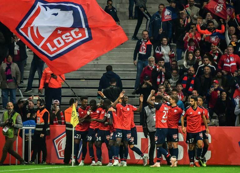 Les joueurs de Lille jubilent après leur victoire face à Marseille en 8e journée de L1 le 30 septembre 2018