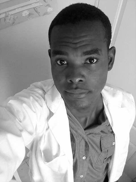 Walter Petit Choute étudiant en médecine qui  aurait été abattu par la police dominicaine