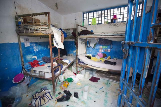 Dans de telles conditions d'incarcération, 118 personnes sont déjà mortes en prison depuis le début de l'année. PHOTO DIEU NALIO CHERY, ARCHIVES ASSOCIATED PRESS