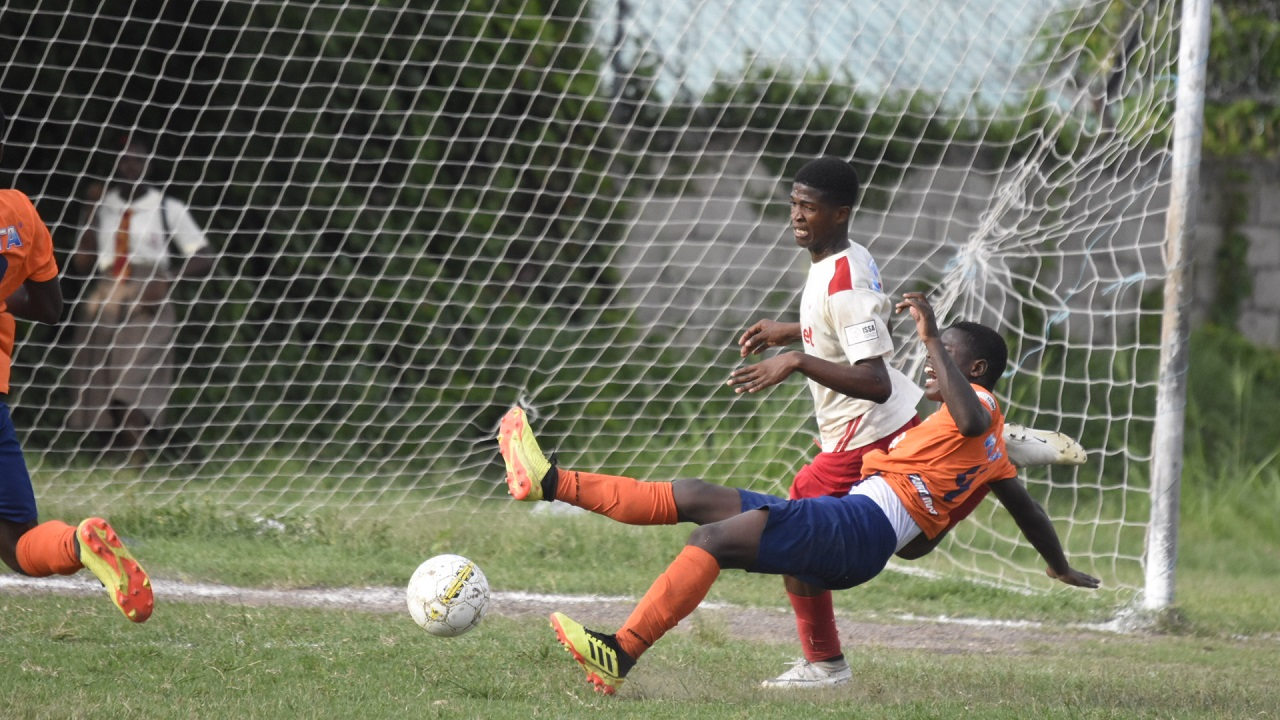 Action from the ISSA/Digicel Manning Cup second leg game between Mona High and Dunoon Technical at Mona High on Monday, October 8, 2018. Mona won 3-1. (PHOTOS: Marlon Reid).
