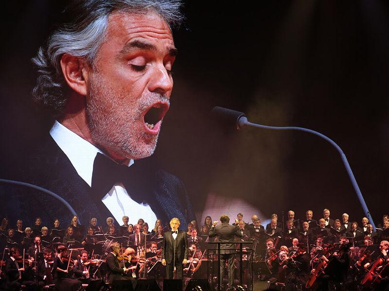 Andrea Bocelli en concert/ Crédit Photo : Visit Hannover
