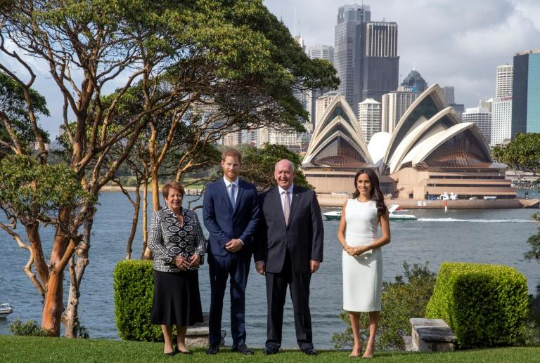 Le prince Harry et son épouse Meghan au zoo de Taronga, le 16 octobre 2018 à Sydney