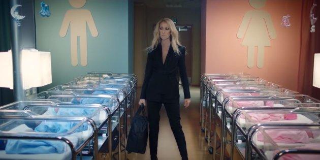 Céline Dion accusée de satanisme par un prêtre