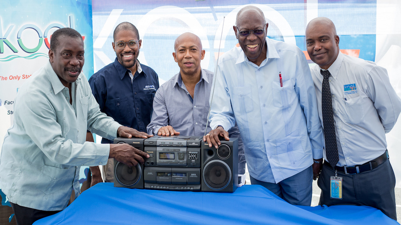 Minister of Transport, Robert Montague poses alongside (from left) Chairman of Aerotel, Marc Ramsay, Mayor of Montego Bay, Michael Hue, Member of Parliament for Eastern St Thomas, Dr Fenton Ferguson and General Manager of Kool 97 FM, Howard Armstrong.