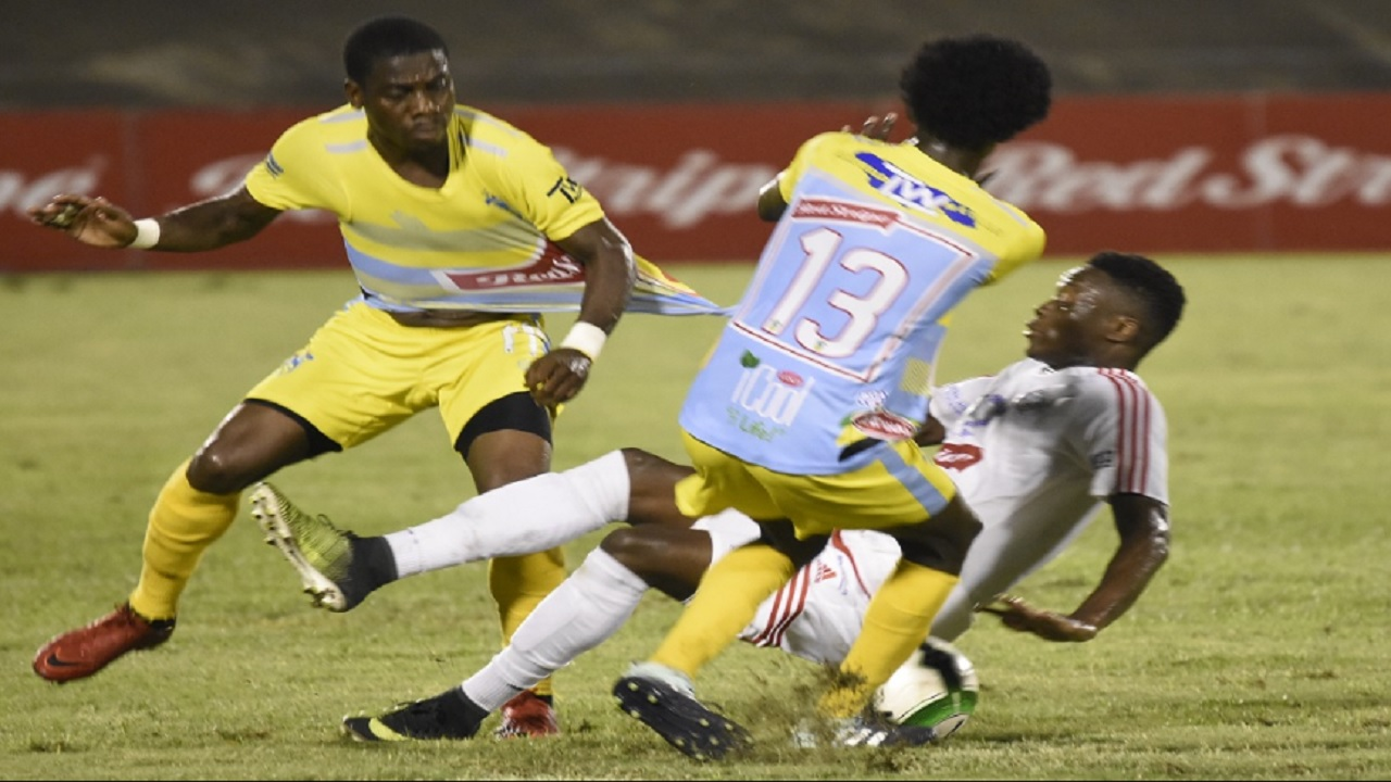 Photo shows action from last seasons's Red Stripe Premier League (RSPL) final between Portmore United at Waterhouse at the National Stadium in Kingston. (PHOTO: Marlon Reid).
