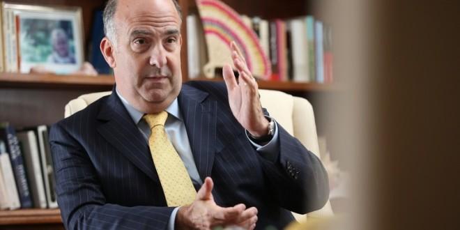 L'ambassadeur américain Kenneth Merten