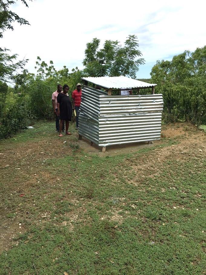 Photo : Des latrines construites à Mirebalais et Cerca-La-Source par les communautés grâce à l'appui du peuple japonais et de l'UNICEF - Crédit Photo : Page Facebook Unicef