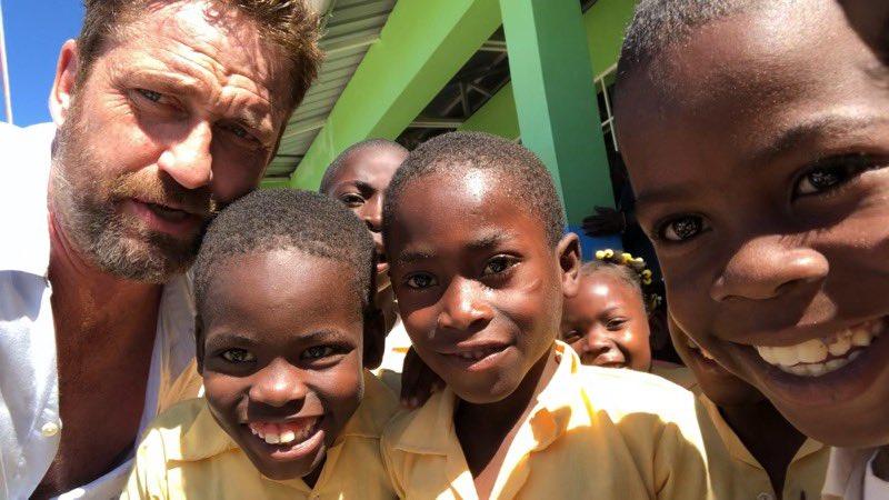 Un acteur hollywoodien hospitalisé en RD après une visite en Haïti. Photo: Twitter