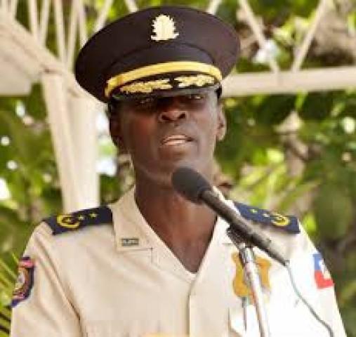 Haïti-Trafic d'armes : Vladimir Paraison limogé de son poste au Palais.