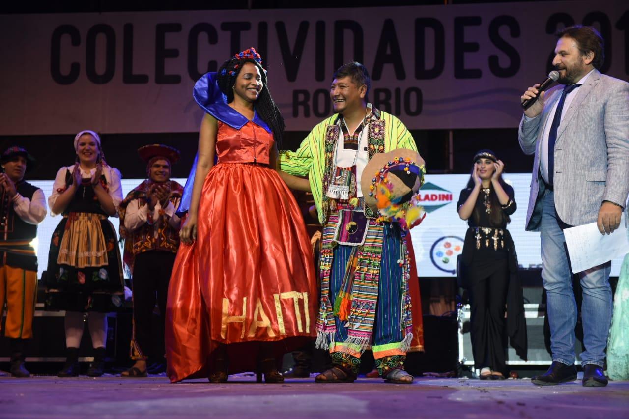 L'Haïtienne Widlène Jean est sortie gagnante du concours de l'élection des ambassadeurs de la 34e édition de de la rencontre nationale des collectivités étrangères à Rosario (Encuentro y Fiesta Nacional de Colectividades).