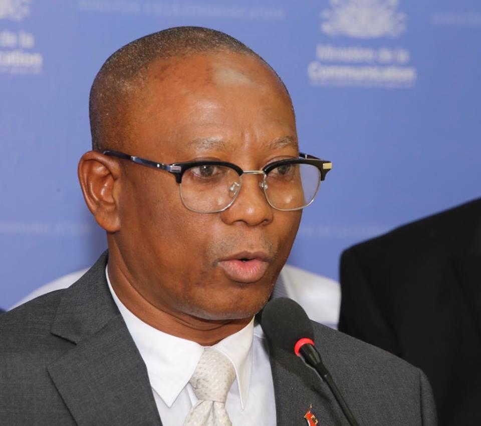Le directeur général de la douane, Romel Bell. Photo: Ministère Communication