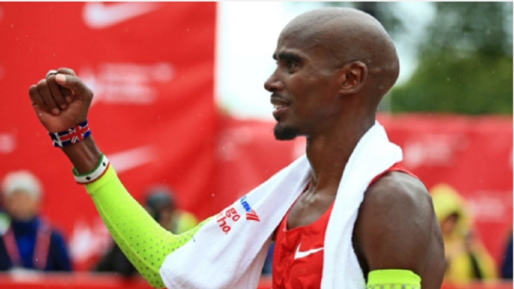 Mo Farah celebrates his Chicago Marathon victory.