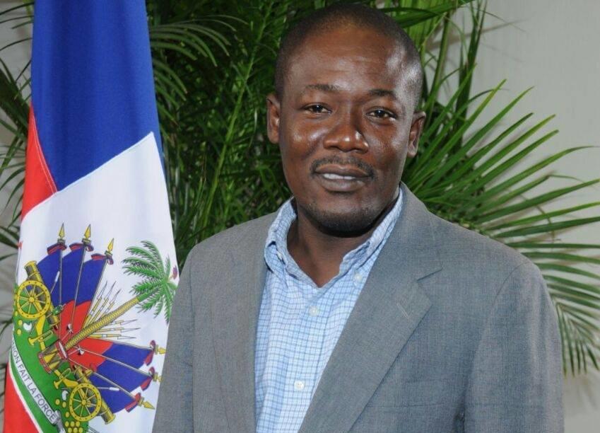 Le secrétaire d'État à la communication, Eddy Jackson Alexis