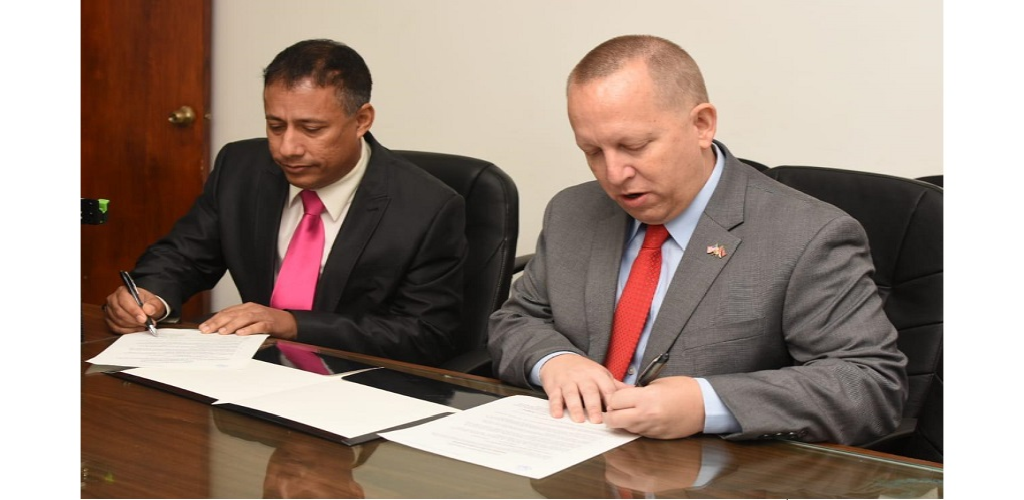Commissioner of Police Gary Griffith met with US Embassy Chargé d'Affaires John McIntyre on Monday at the OCIU's offices at Agra Court, Port of Spain.
