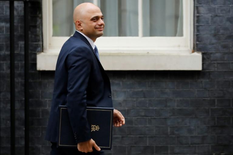 Pour réduire l'immigration, Londres annonce un système reposant sur les compétences