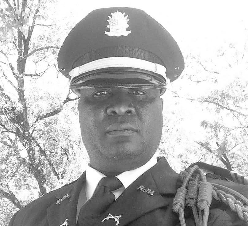 Le commissaire de police Plymouth Robert, tué dans la nuit du 1er décembre 2018, à Tabarre
