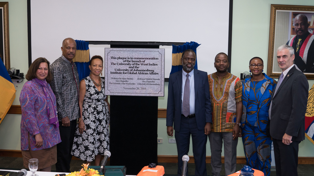 L-R: Professor Angina Parekh, Deputy Vice-Chancellor, the UJ; Professor Sir Hilary Beckles, Vice-Chancellor, The UWI; Professor V Eudine Barriteau, Pro Vice-Chancellor and Campus Principal, The UWI Cave Hill; Professor Tshilidzi Marwala, Vice-Chancellor of the UJ; Dr Bongani Ngqulunga and Dr Nolitha Vukuza, Senior Executives from the UJ, and Professor Alan Cobley, Pro Vice-Chancellor and Chair, Board for Undergraduate Studies, UWI.
