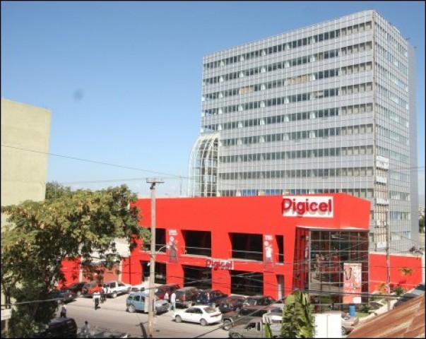 Digicel offre des cadeaux à sa fidèle clientèle pour la fête de Noël