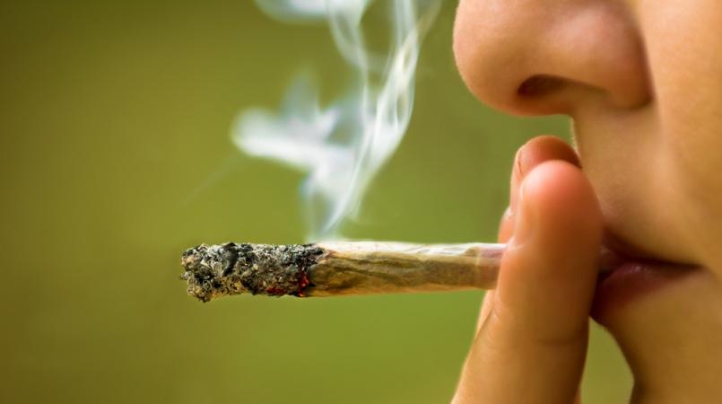 Des recherches montrent que la marijuana peut altérer le sperme d'un homme.