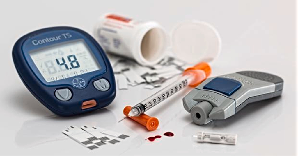 Blood sugar monitoring tools. (Internet image)