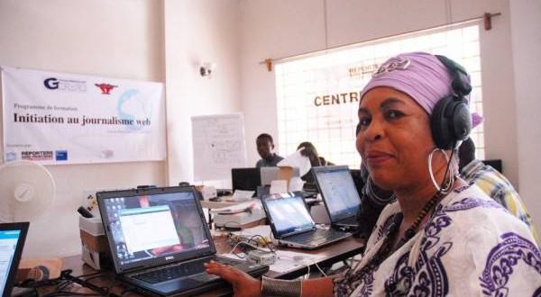 photo : Liliane Pierre-Paul, Directrice de Programmation, Vice-Présidente du Conseil d'Administration de Radio Kiskeya S.A- Crédit Photo : Scoop FM