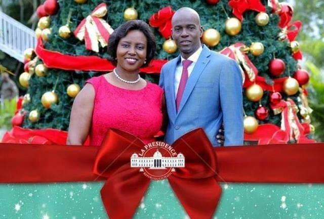 Le président Jovenel Moise ainsi que la première Dame Martine Moise lors des mots de souhaits et vœux à  l'endroit de la population Haïtienne.